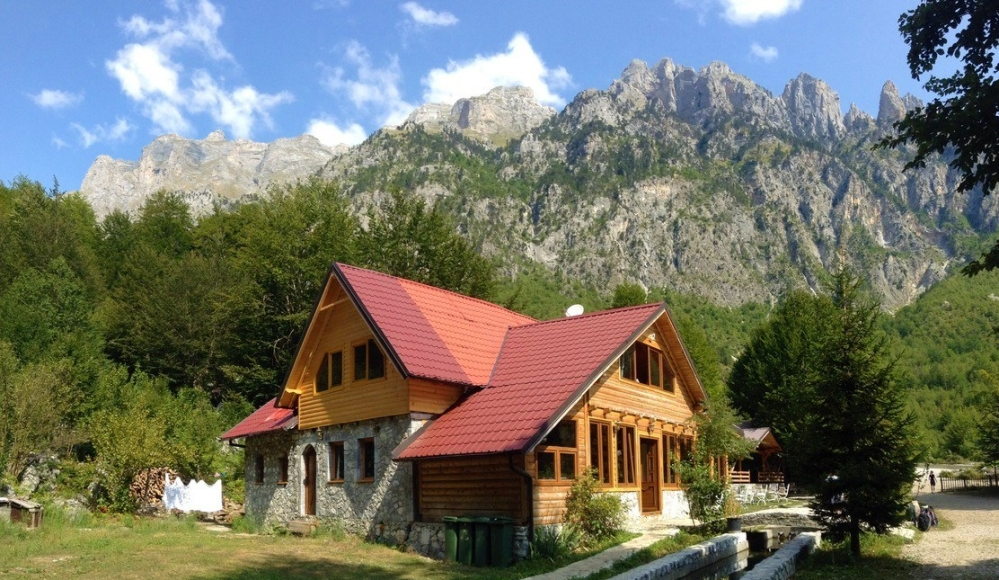 hotel-rilindja-albania-1.jpg