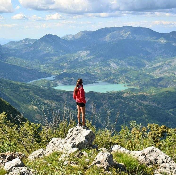 theth hiking